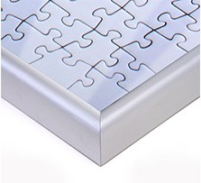 Puzzle frame for photo puzzle; Detailed view corner